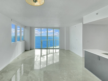 9- Main Room