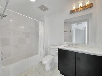 17- Bathroom 2