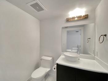 15- Bathroom 3